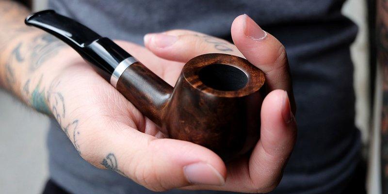 Những kiến thức liên quan đến tẩu hút cigar mà bạn không nên bỏ qua