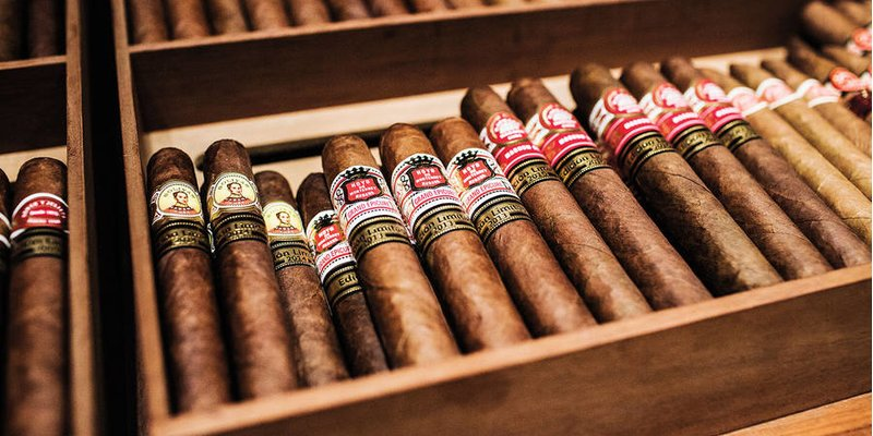 Các quy định mới về sử dụng vận chuyển xì gà Cuba