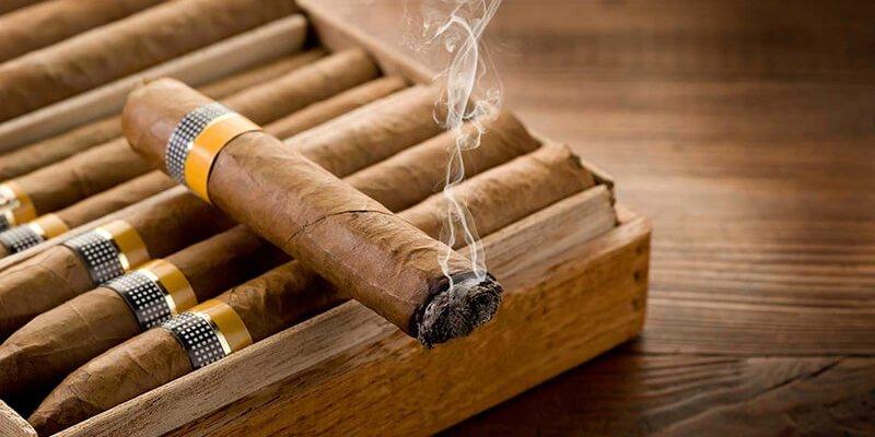Xì gà có gì mà khiến nhiều người mê mẩn đến vậy?