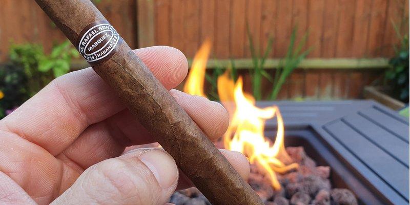 xì gà giá rẻ, thế nào là xì gà giá rẻ ? địa chỉ mua xì gà giá rẻ tại hà nội , sài gòn , đà nẵng