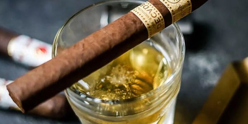 Cách hút xì gà không gây hại cho sức khỏe