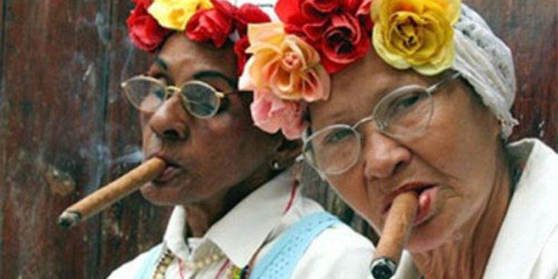 Hút cigar có hại không nếu như bạn lạm dụng?
