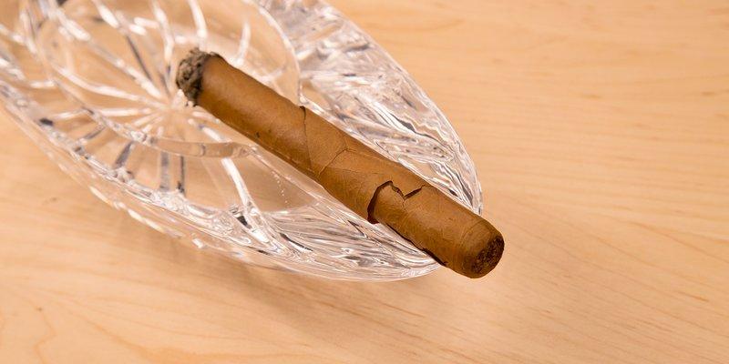 Nguyên nhân khiến cho điếu xì gà bị nứt