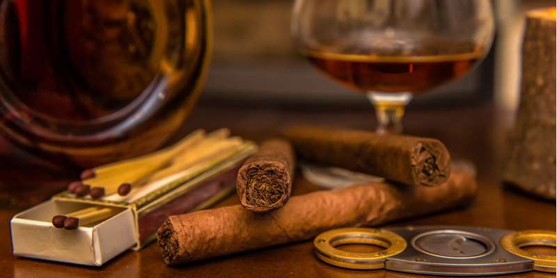10 điều bạn đừng nên làm nếu là một người hút xì gà thực thụ