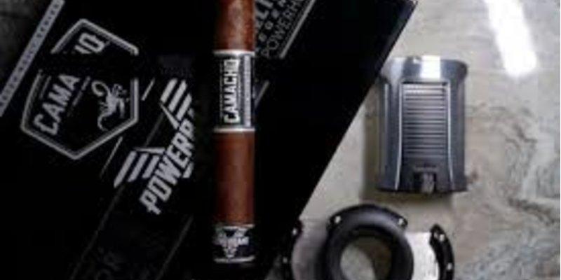 Tìm hiểu về xì gà kiểu Barber-Pole từ Camacho