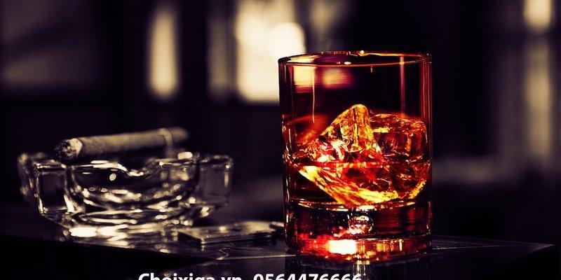 Những sai lầm thường thấy trong cách uống rượu Whisky