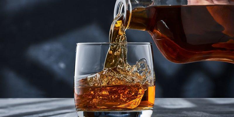 Cách Tốt Nhất Để Uống Rượu Whisky, Theo Các Chuyên Gia