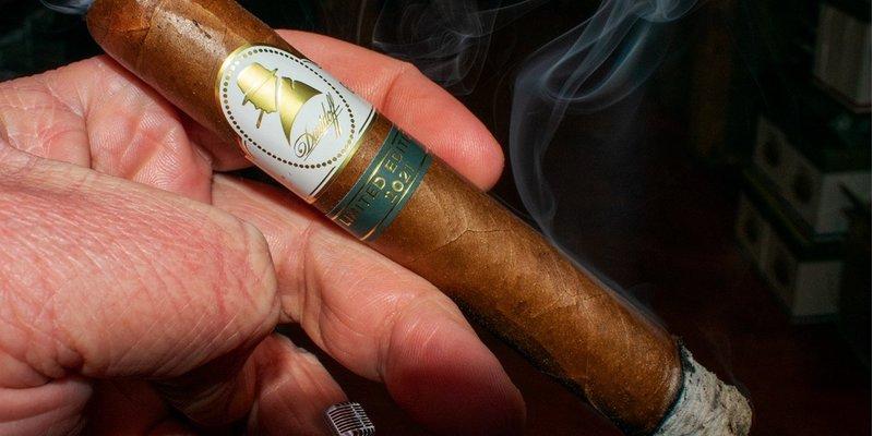Đánh giá xì gà Davidoff Winston Churchill Limited Edition 2021