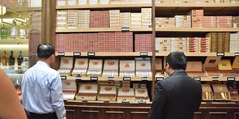 Tại sao xì gà lại đắt ?