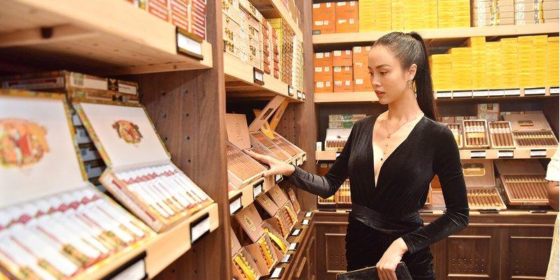 Mua xì gà Cuba giá rẻ ở đâu TPHCM