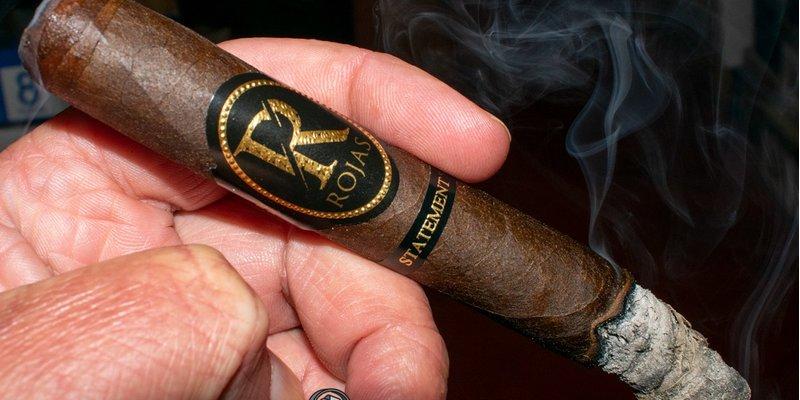 Đánh giá xì gà Rojas Statement Corona Gorda