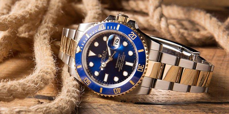 Tìm hiểu về đồng hồ Rolex Submariner ref.116613 Blue Sunburst