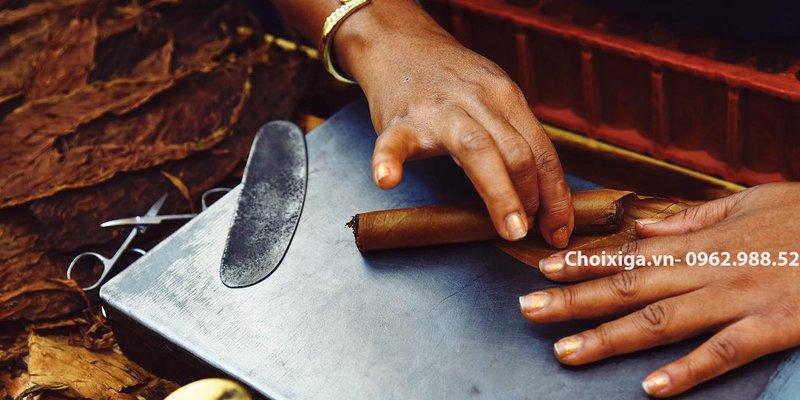 xì gà được làm như thế nào? Xì gà làm từ gì ?
